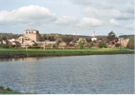 Slatinický rybník - v pozadí mlýn - foto 2002